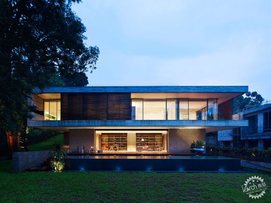 ONG&ONG have designed the JKC1 house in Singapore.第1张图片