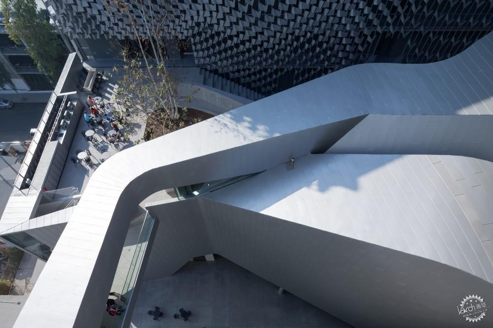 艾默生学院洛杉矶中心/ Morphosis Architects第4张图片