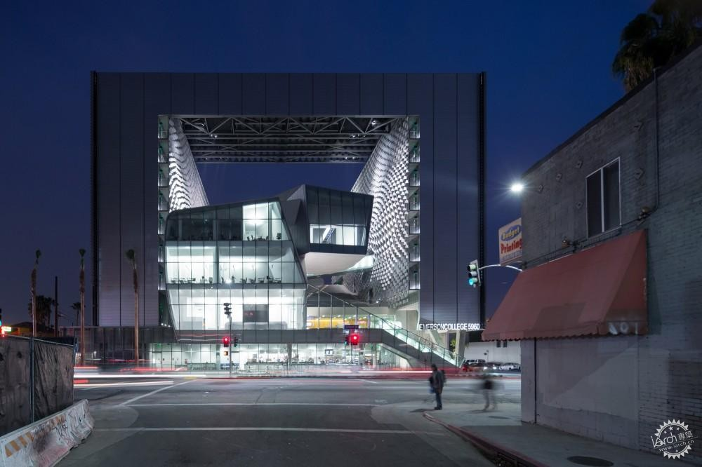艾默生学院洛杉矶中心/ Morphosis Architects第7张图片