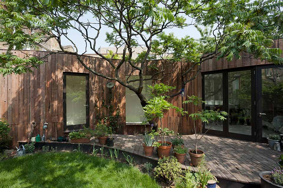 Tree House / 6a Architects第3张图片