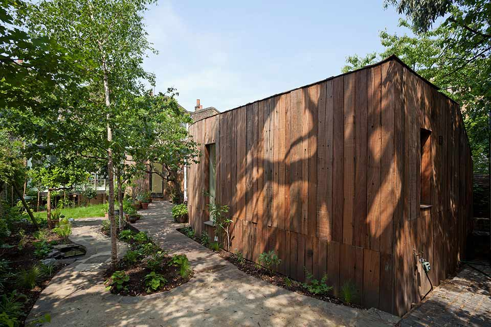Tree House / 6a Architects第5张图片