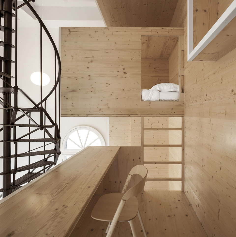 Room On The Roof / i29 interior architects第6张图片