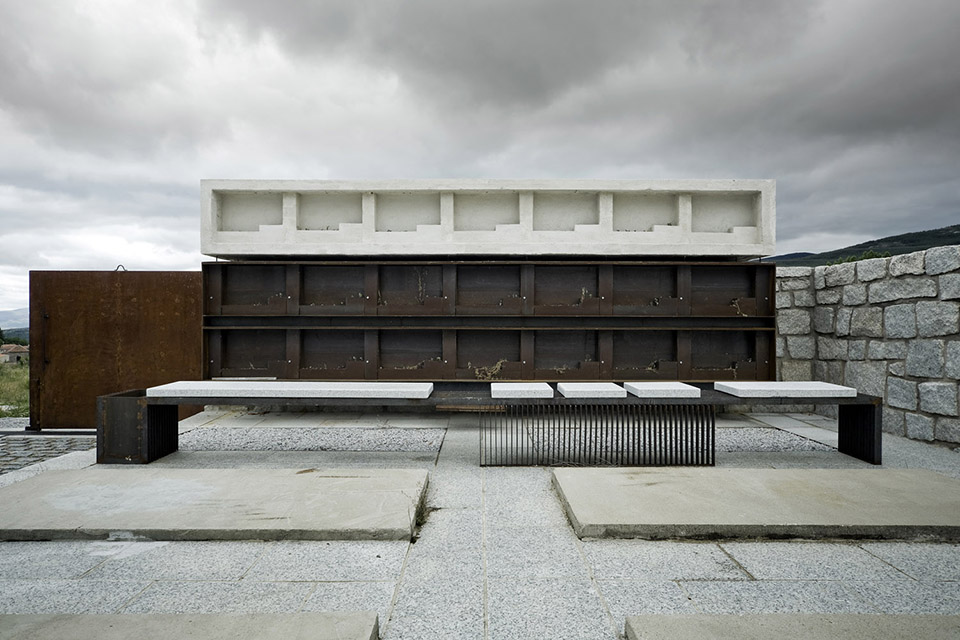 Access And Columbarium In Robregordo′s Cemetery / MUKA Arquitectura第10张图片