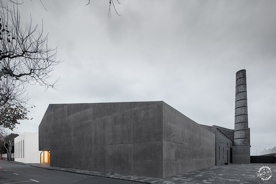 Arquipélago - Contemporary Arts Centre / Menos é Mais Office第5张图片