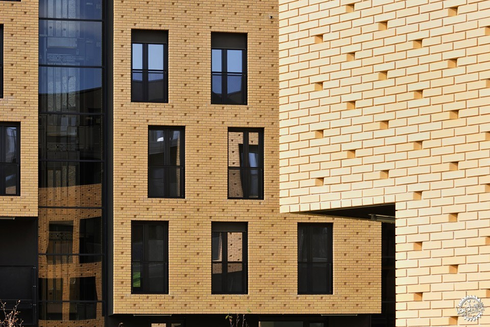 Brick Neighbourhood, Slovenia / Dekleva Gregorič Architects第10张图片