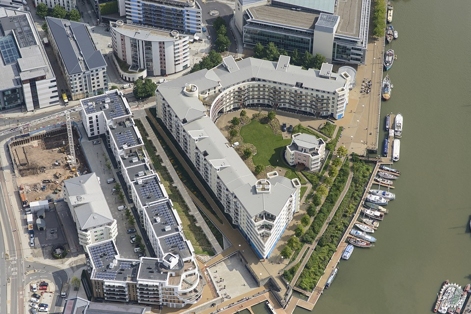 Sustainable Public Realm Landscape for Bristol's Historic Waterfront / Grant...第1张图片