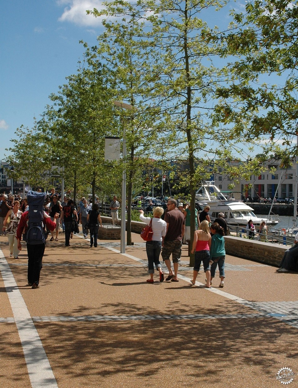 Sustainable Public Realm Landscape for Bristol's Historic Waterfront / Grant...第5张图片