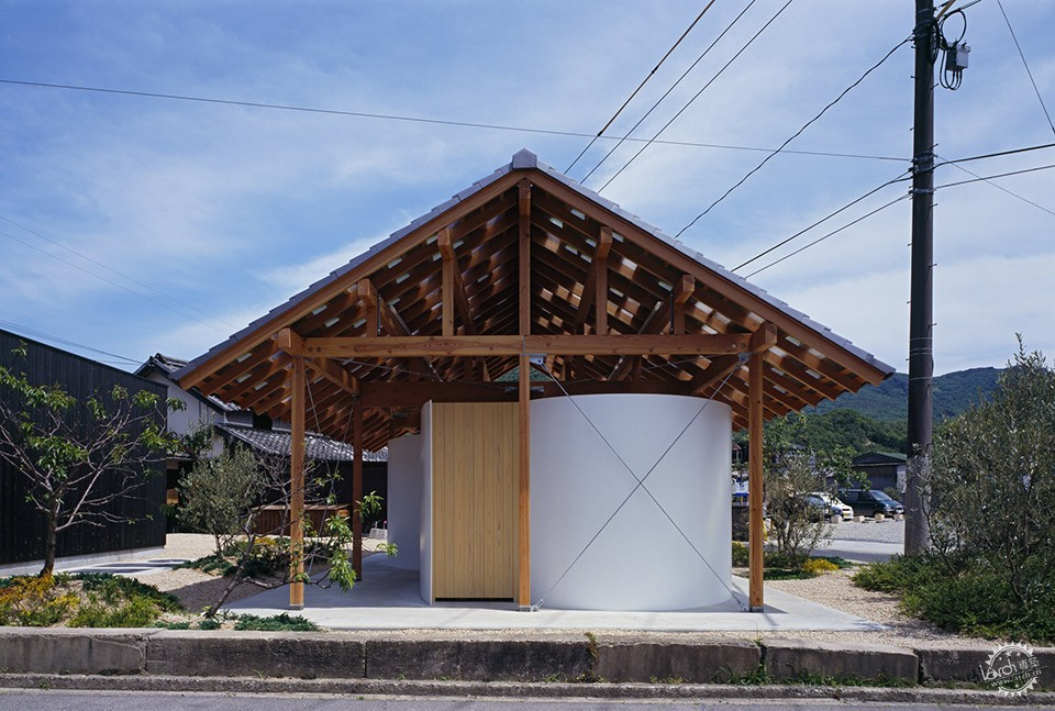 Hut with the Arc Wall / Tato Architects第7张图片