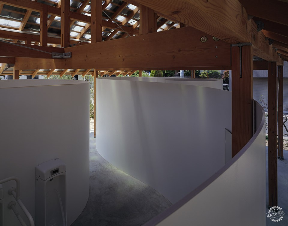 Hut with the Arc Wall / Tato Architects第11张图片