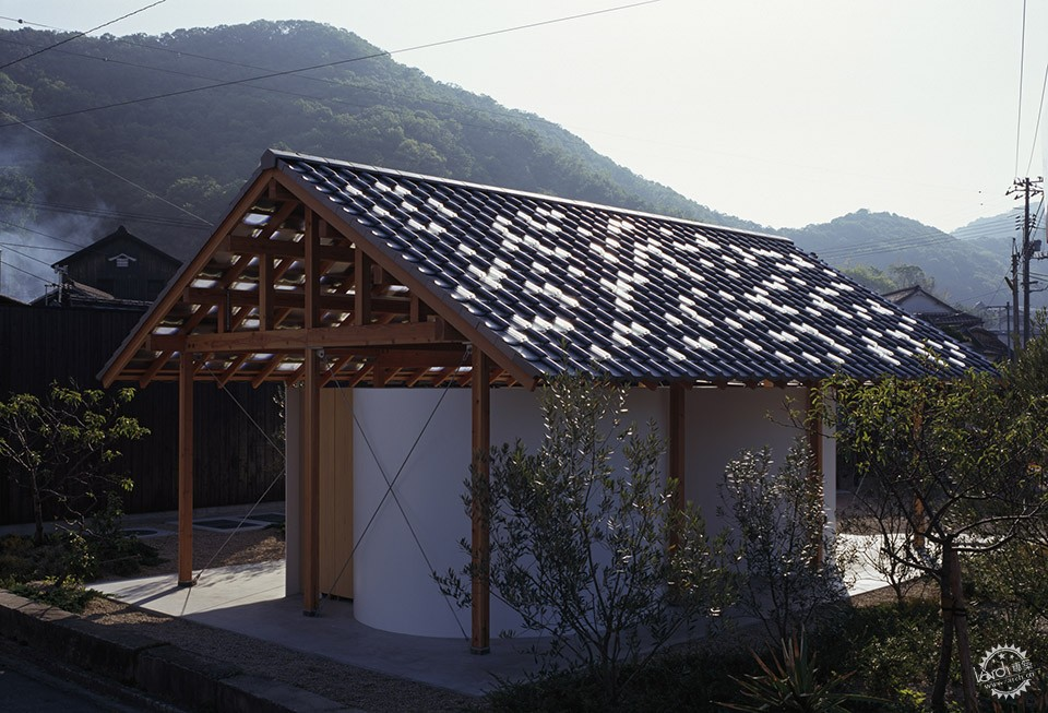 Hut with the Arc Wall / Tato Architects第9张图片