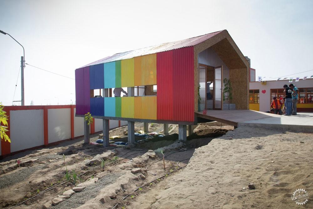 沙漠里的彩虹/ 51-1 Arquitectos第6张图片