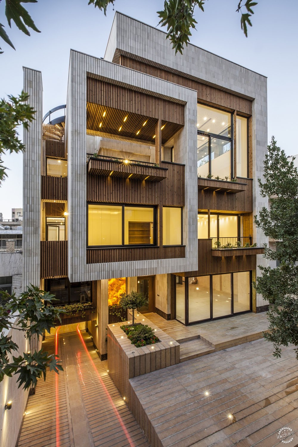 梅赫拉巴德小屋/ Sarsayeh Architectural Office第1张图片