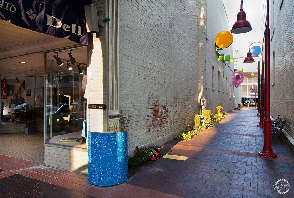 独具创意的街道展览装置第11张图片