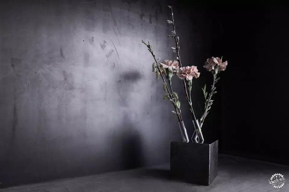 你没见过的花瓶设计第52张图片