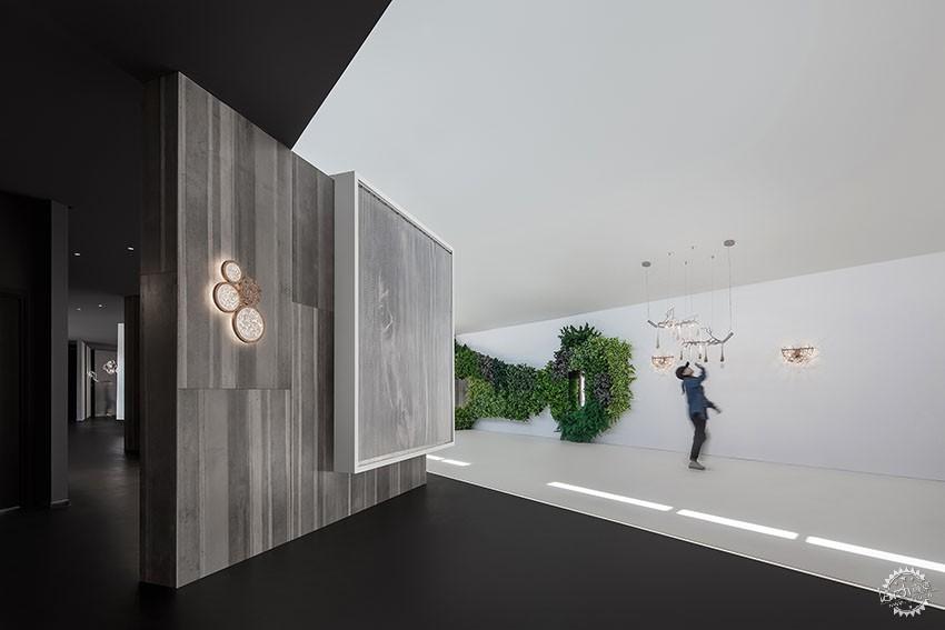 遇见一束光的设计|葡萄牙SERIP灯具展厅第6张图片