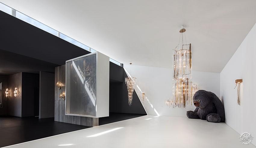 遇见一束光的设计|葡萄牙SERIP灯具展厅第5张图片