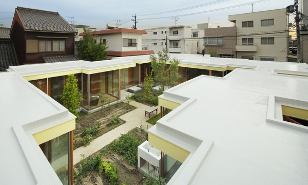 名古屋庭院住宅/Takeshi Hosaka Architects