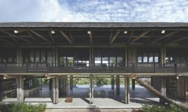 Reclaimed Telegraph Poles House / WHBC Architects