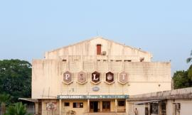 印度南部的电影院 MOVIE THEATRES IN SOUTH INDIA BY STEFANIE ZOCHE